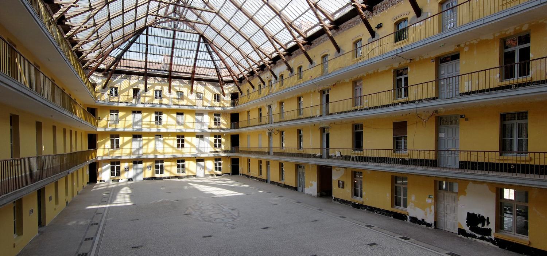 Guise_pavillon_central_int.jpg