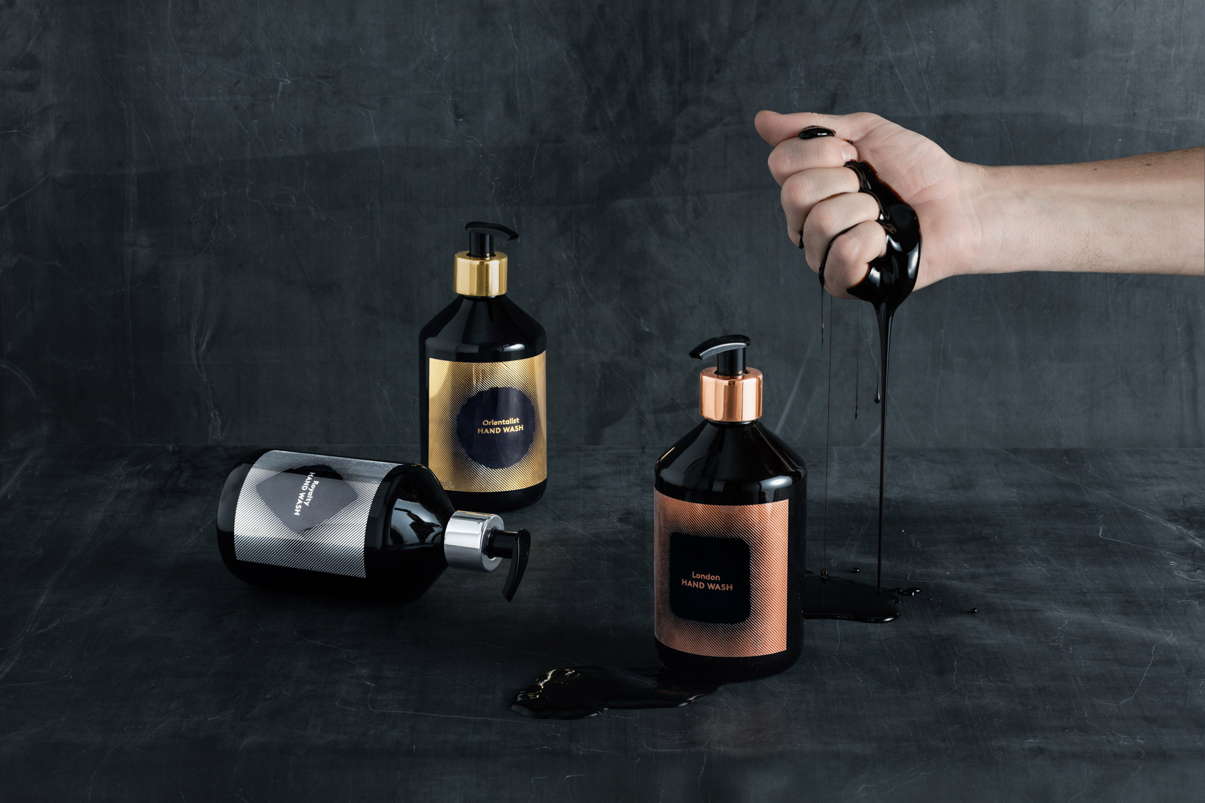 washing-tom-dixon-soap-costmetic-design-products_dezeen_2364_col_5.jpg