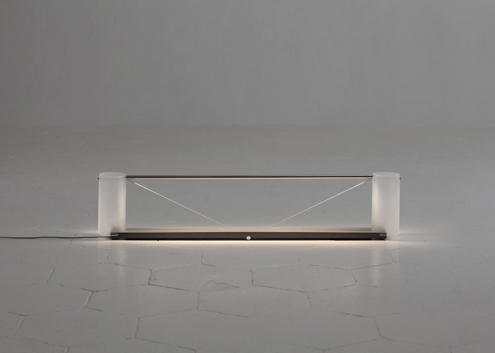 MOJ18_Guglielmo Poletti_Equilibrium Table Light no. 1_02_press ©Giulia Piermartiri.jpg