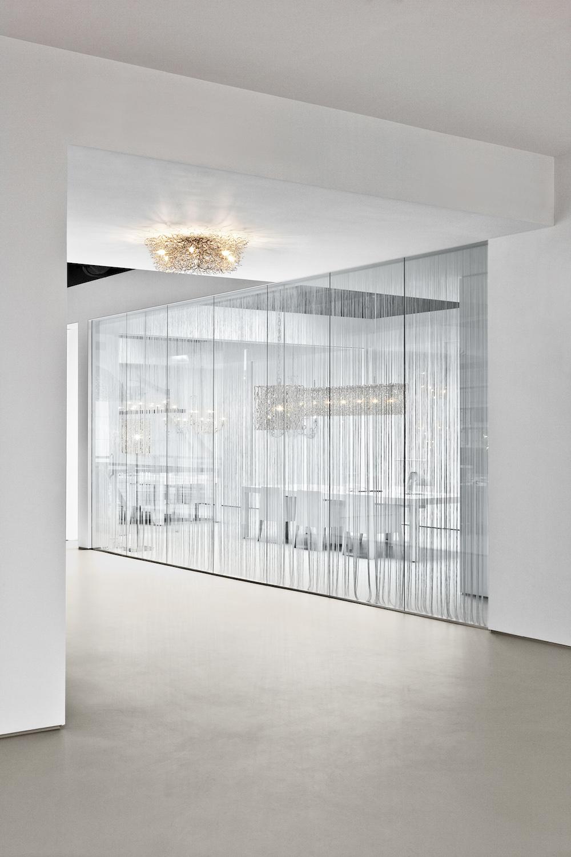 brandvanegmond_hollywood_chandelier_round_120_nickel_interior_.jpg
