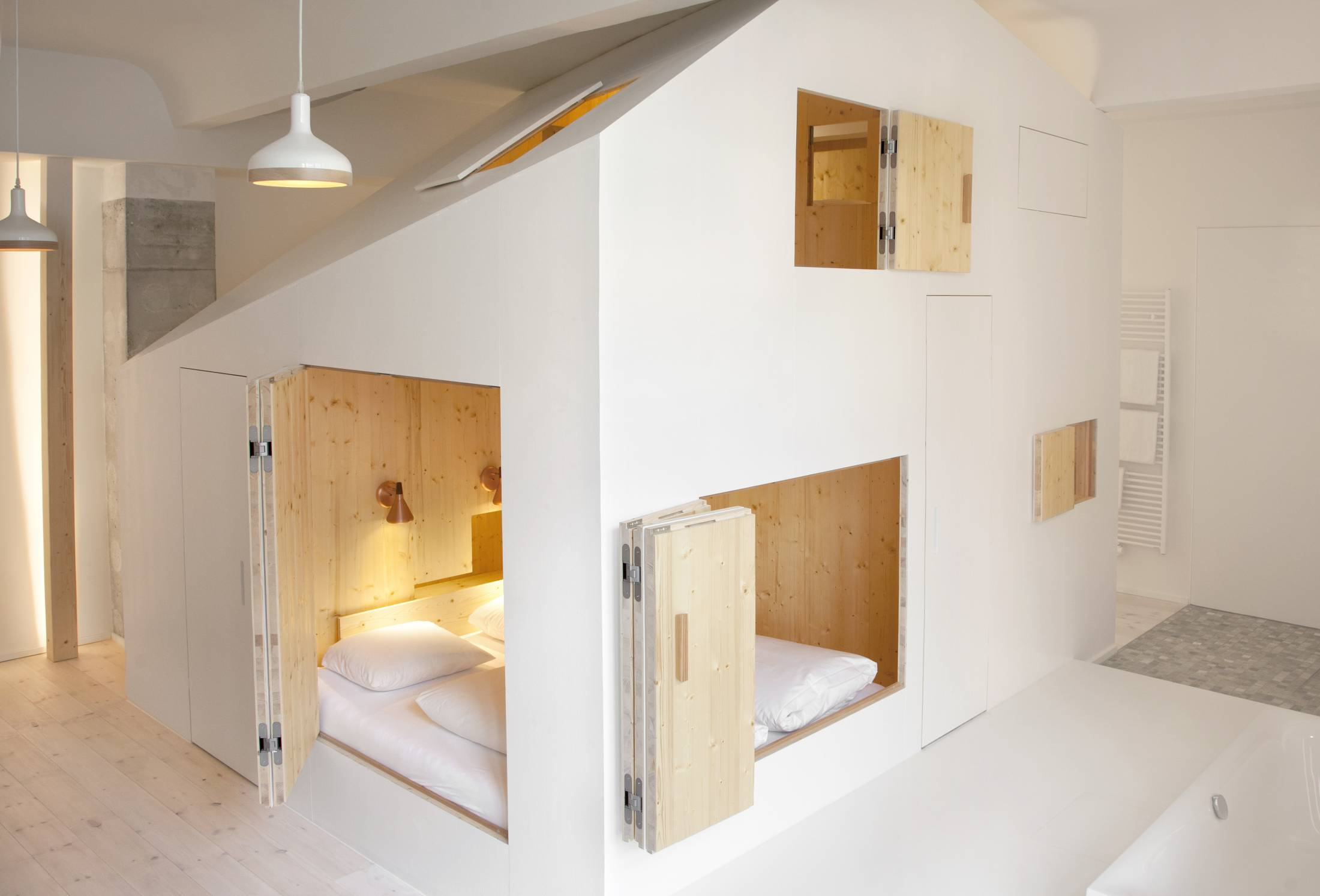 Room-304_Sigurd-Larsen_Michelberger-Hotel_Architecture-Danish-design-berlin_photo-Rita-Lino-3-1100x747@2x.jpg