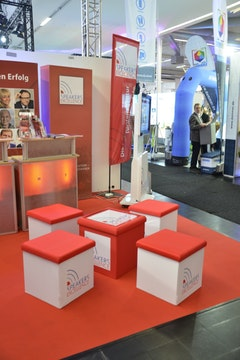 BOXSEAT TABLE   Dommer Stuttgarter Fahnenfabrik GmbH, Germany    Shortlisted Sticker Download
