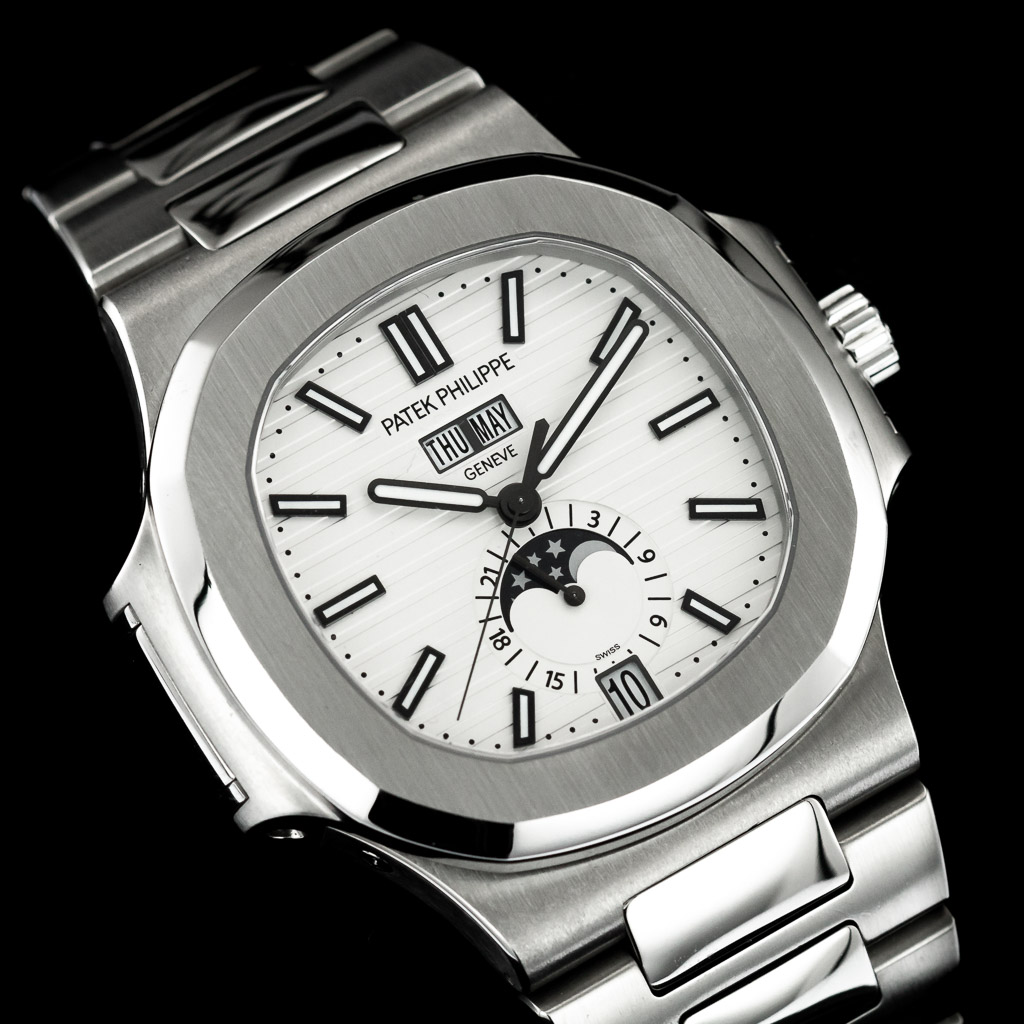 patek+-+philippe+-+nautilus+-+5726-1A-010+-+regal+-+time+-+london+-+dealer2.jpg
