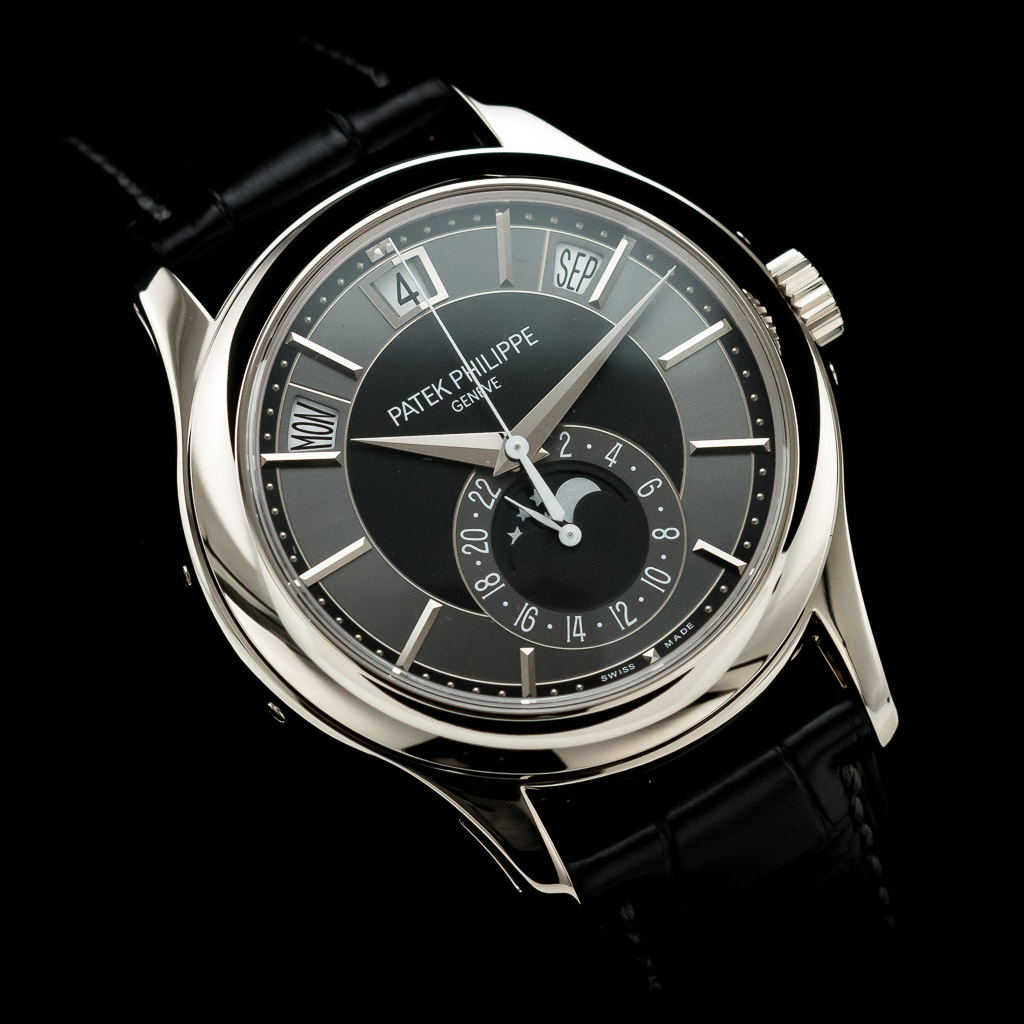 02_regal-time-patek-philippe-annual-calendar-5205g-london-02.jpg