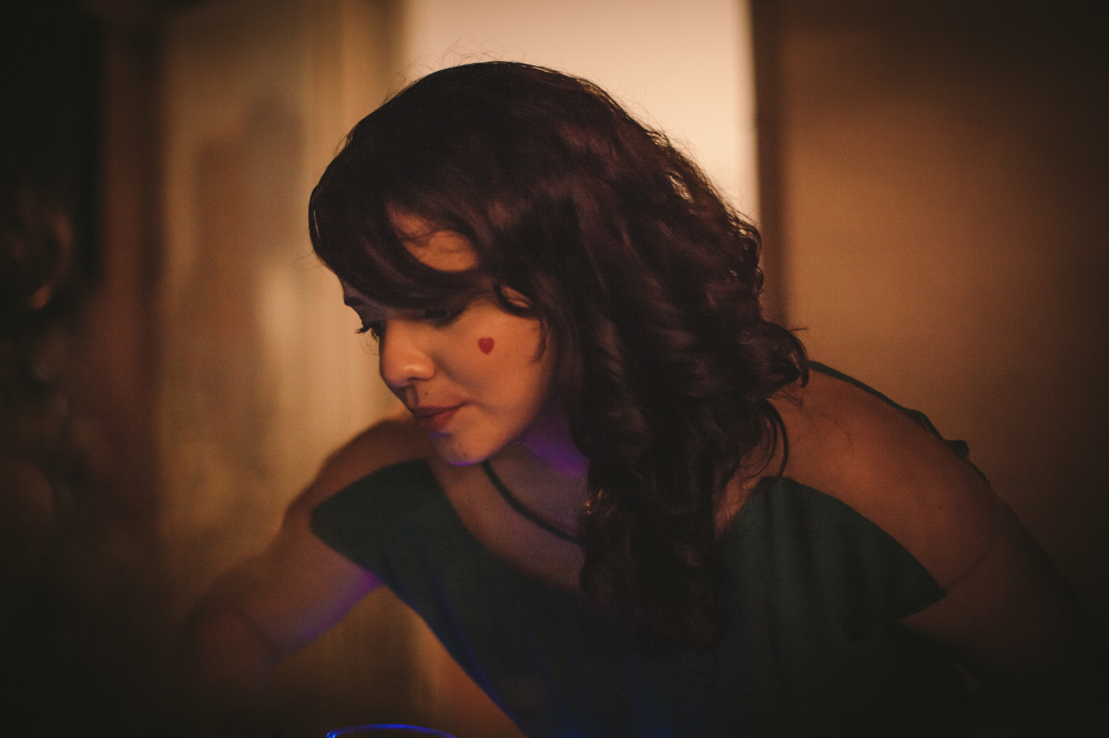 Dani Arrais, criadora da Contente e DJ