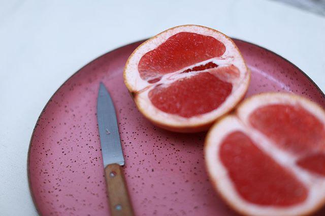 gente. esse prato da @oliveceramica .