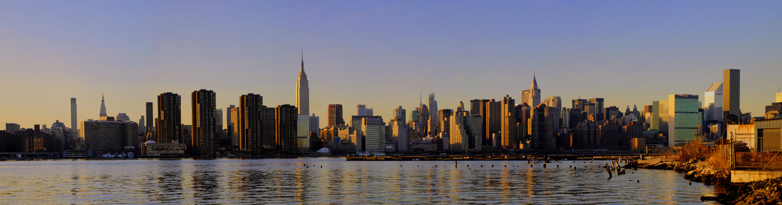 nyc_panoramic_by_lorddarphyve.jpg