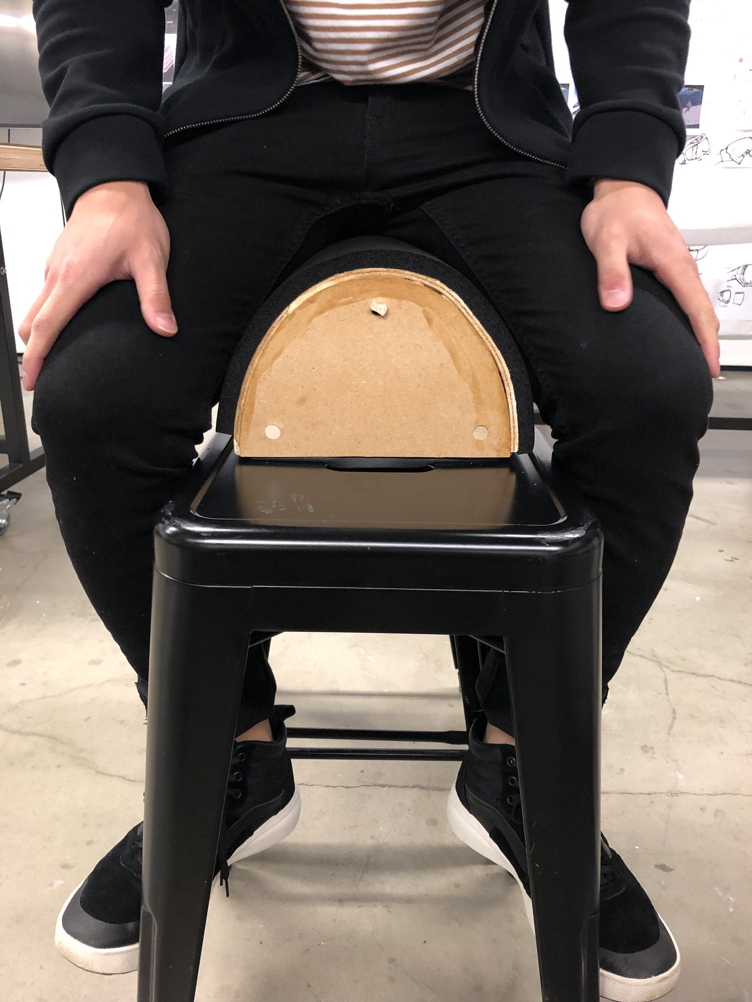 A view of saddle seating style.