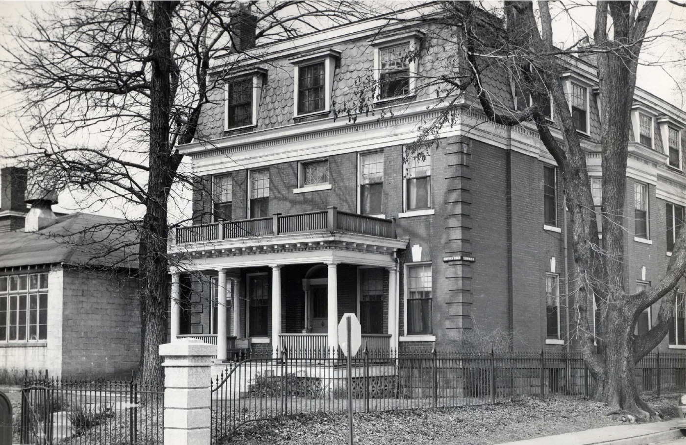 The original 738 Bryden Road, built in the early 1900's as a lodge for the Columbus School for girls.