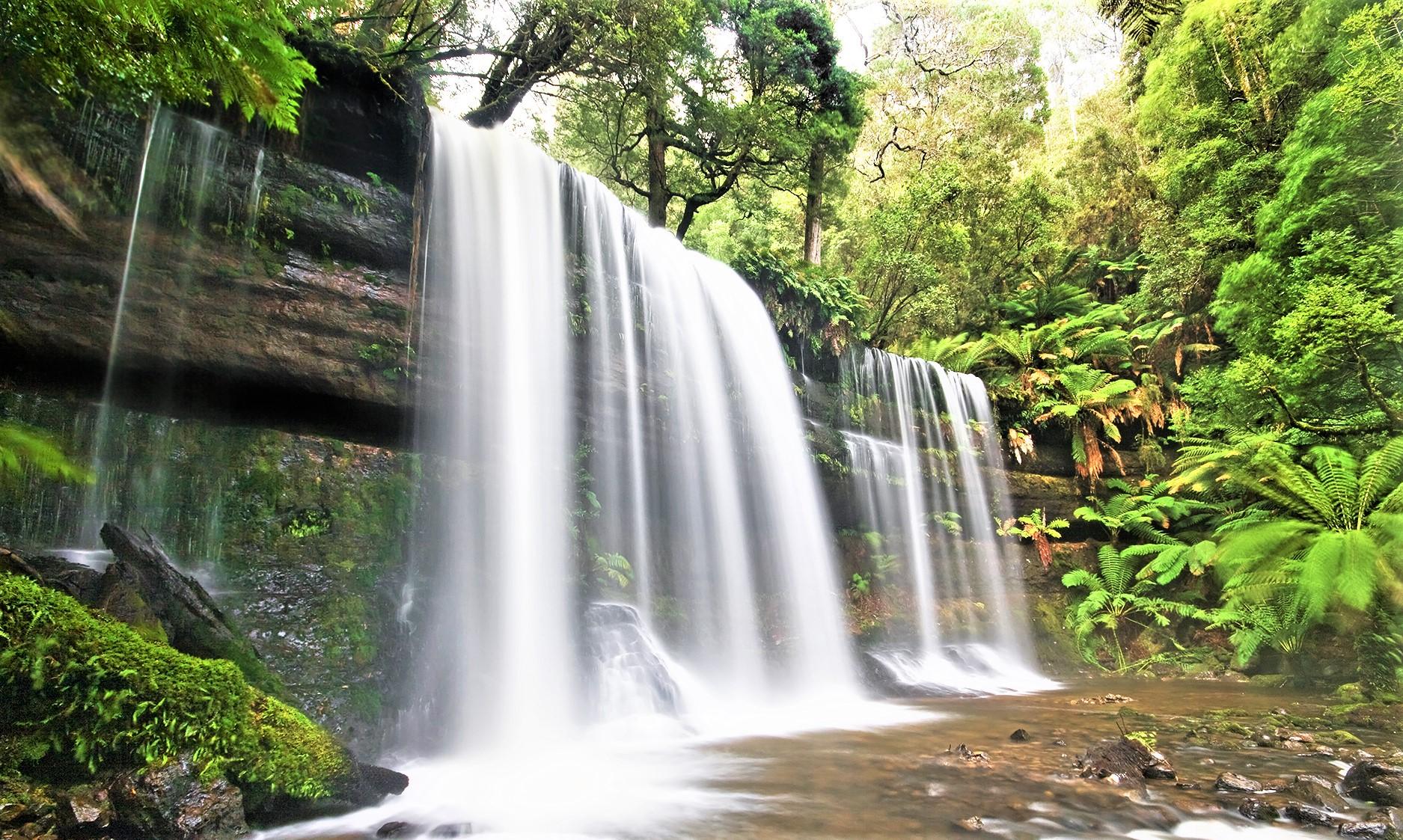 preen_waterfall1.jpg