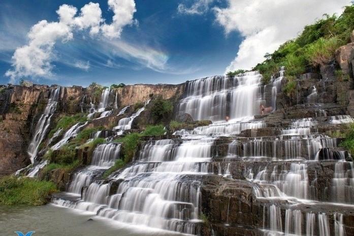 pongour_waterfall.jpg