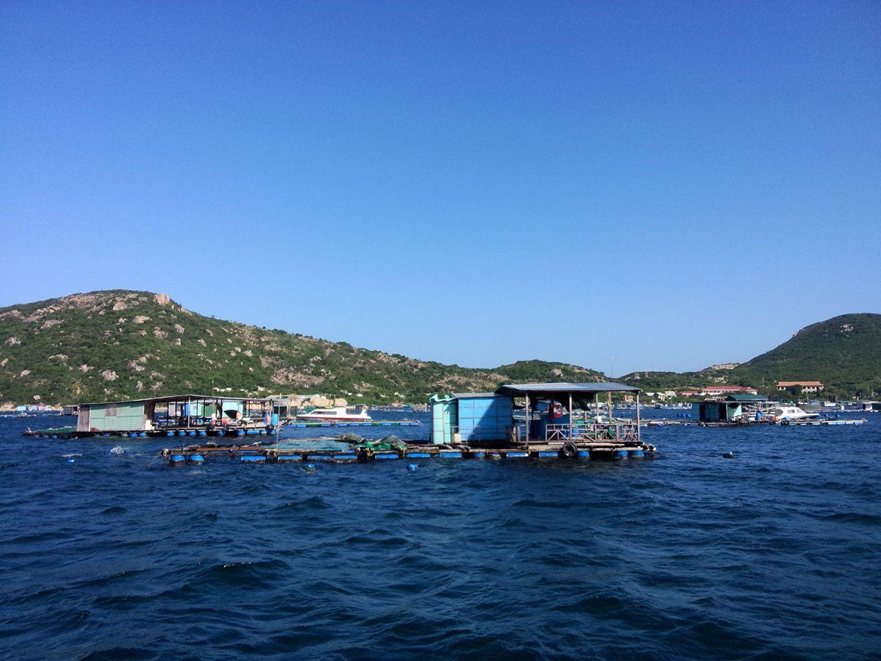 Fish-Farm-Binh-Ba-Island-Cam-Ranh-Khanh-Hoa-Vietnam.jpg