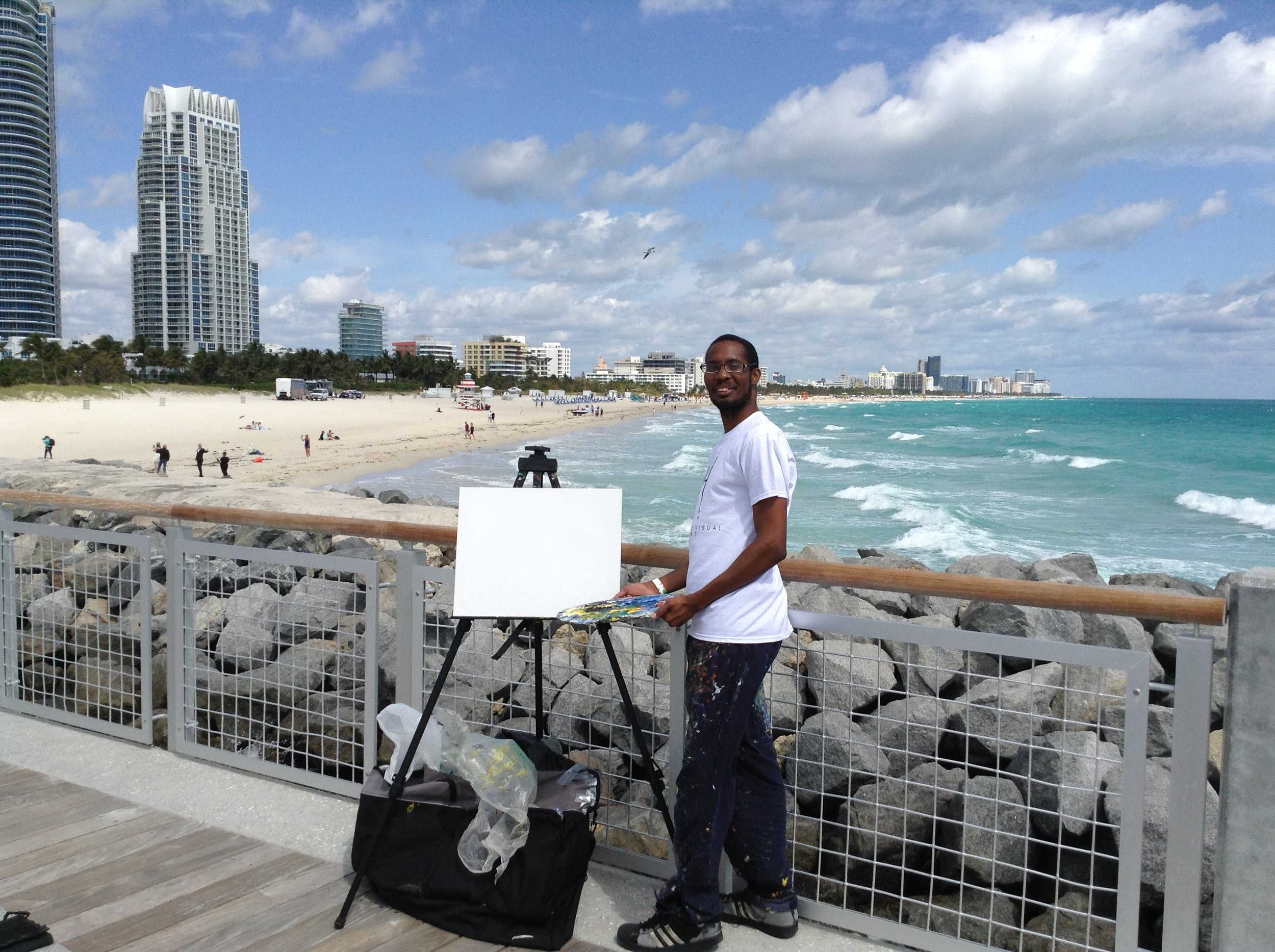 Me on the South Pointe Park Pier doing a live painting of the Miami Beach skyline this past weekend.
