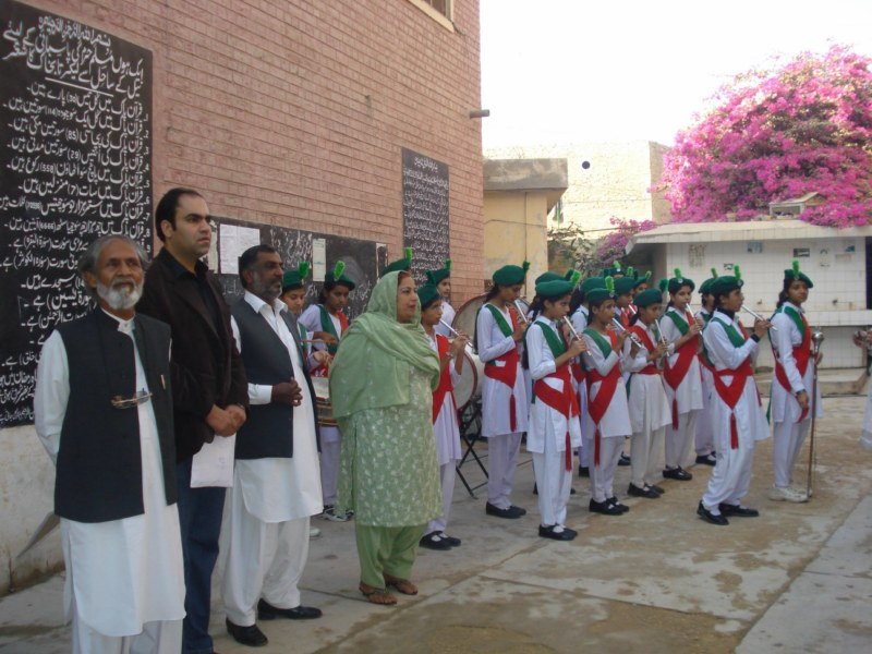 A warm Welcome at Govt Girls Higher Secondary School Rohri [800x600_.jpg