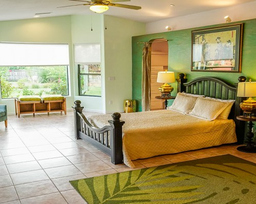 Jade Room (sold out) - Queen Bed, Private Full Bathroom, Walk In ClosetDouble OccupancyEarly Bird: $1885 per personAfter June 30th: $2075 per person