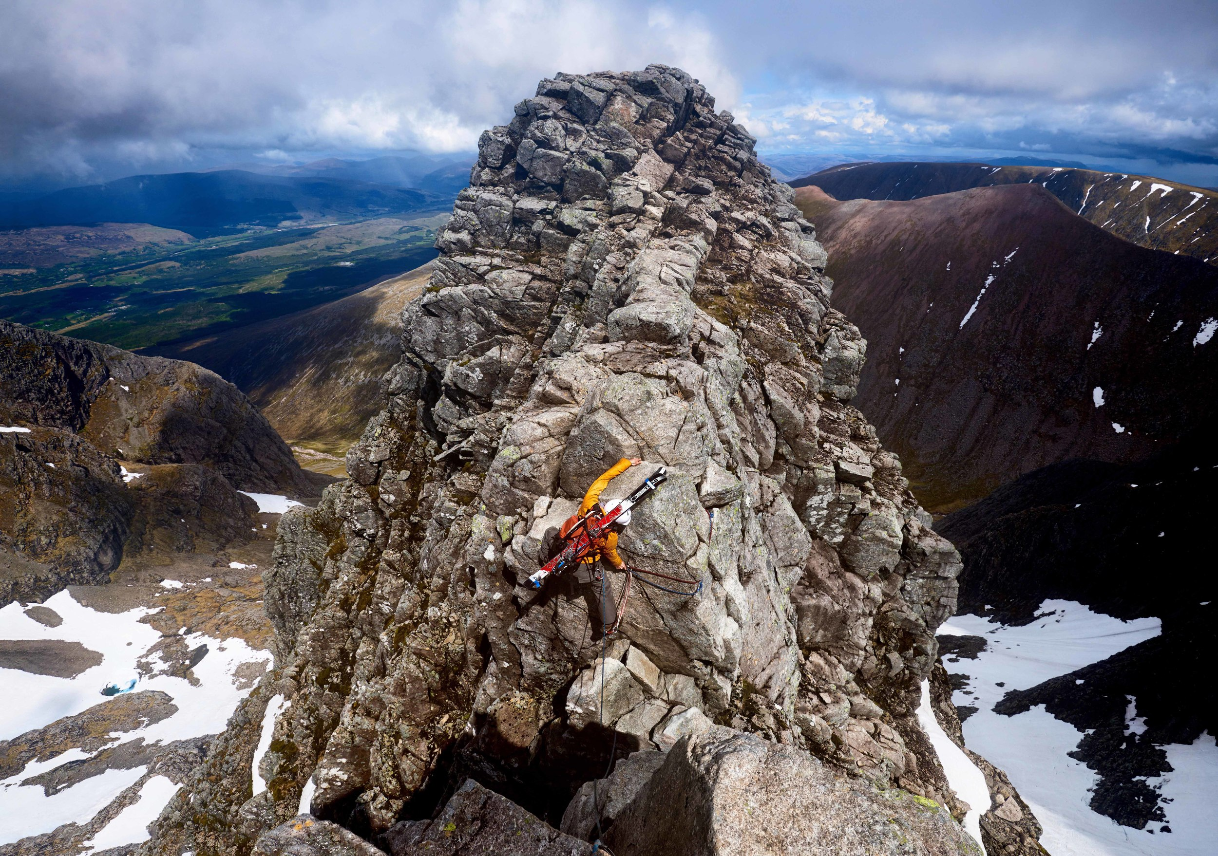 Blair Aitken negotiating Tower Gap during a successful attempt on the Tower Double - one of the top UK ski mountaineering prizes