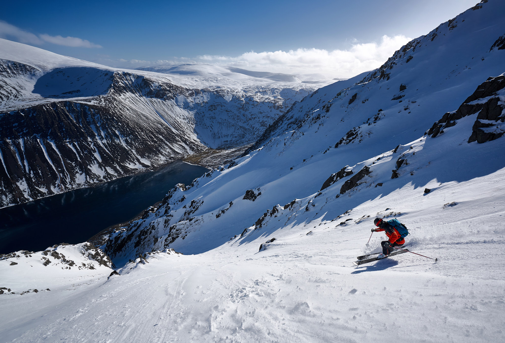 Philip Ebert skiing one of the many incredible gully lines on Sgòr Gaoith