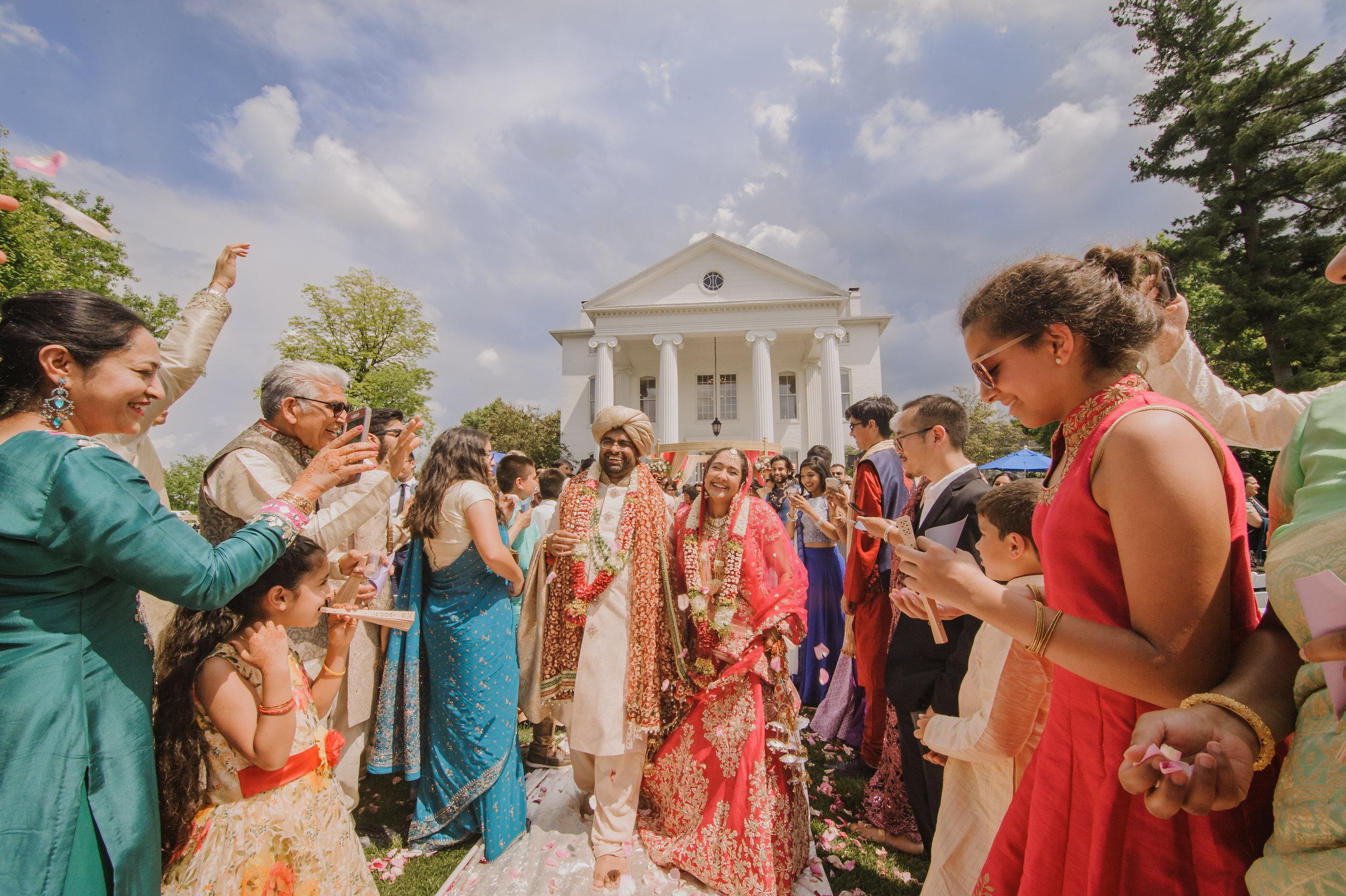 BEST MIAMI FLORIDA BROWARD Dulhan HENNA BRIDE SOUTH ASIAN HINDI HINDU PUNJABI PHOTOGRAPHER VIDEO SAREE Vatna Maiyan Chuda Sangeet Mehndi Jago BARAAT PHERAS Desh Videsh Sabyasachi Jhumka KUNDAN Jadau MARIGOLD FLOWERS Gajra Varmala MALA puja milni Ganesh Pooja Kanya Aagman Jai Mala Kanyadaan Agni Pooja Mangal Phera Saptapadi Sindhur Mangal Sutra Blessings