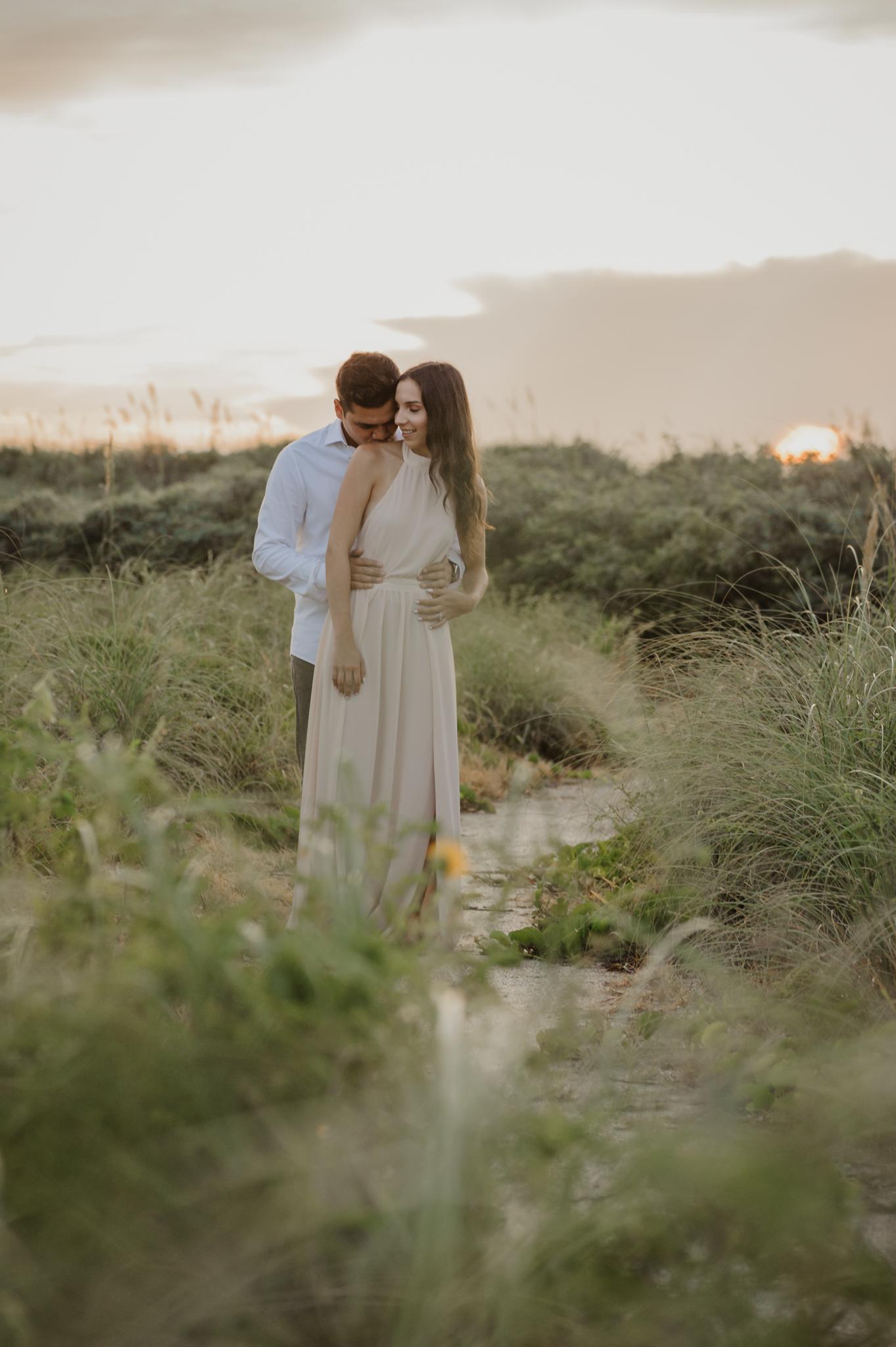 miami-beach-sunrise-engagement-vanessa-and-johnny-photography-video-1-10.jpg