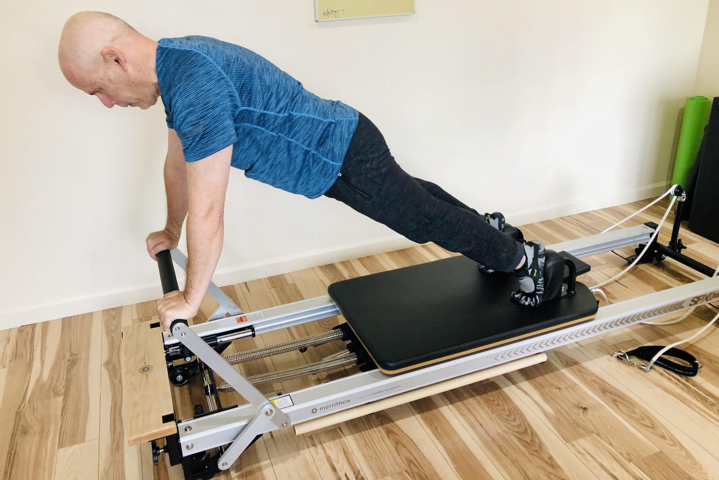 'Long Stretch' - STOTT PILATES® Reformer