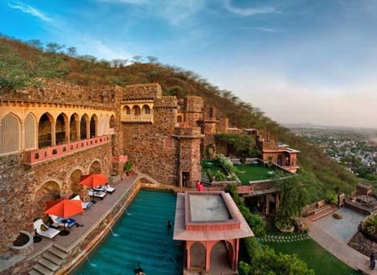 neemrana-fort-palace.jpg