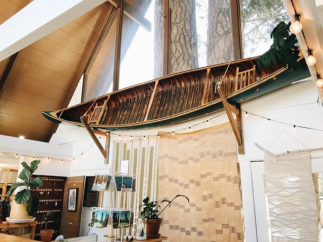 The canoe is for sale again. 🤦‍♀️ Please serious inquires only. It is a 1941 Old Town Canoe, fiberglass and wood, 18' long. $3000. You will need to pick it up before March 30th. // #roadtripcabin #lakearrowhead #antique #canoe