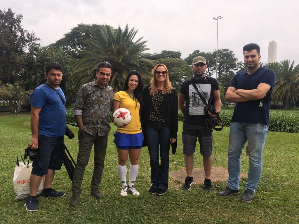Em abril de 2017,  Chris Mussi  produziu uma entrevista da  Raquel  para a  TV Rudaw , do Iraque, no  Parque do Ibirapuera , em São Paulo.