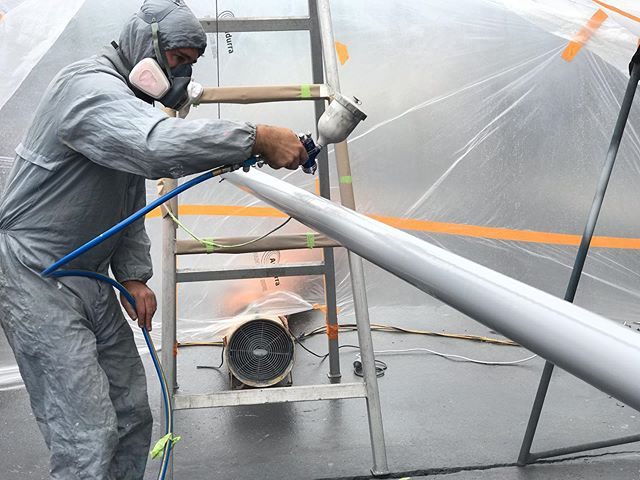 Our in-house paint team have had plenty on these past few weeks ⚓️ Is your yacht due for a re spray? Get in touch with the team today 02 9979 3023  #macmarinegroup #serviceyard #boatyard #newport