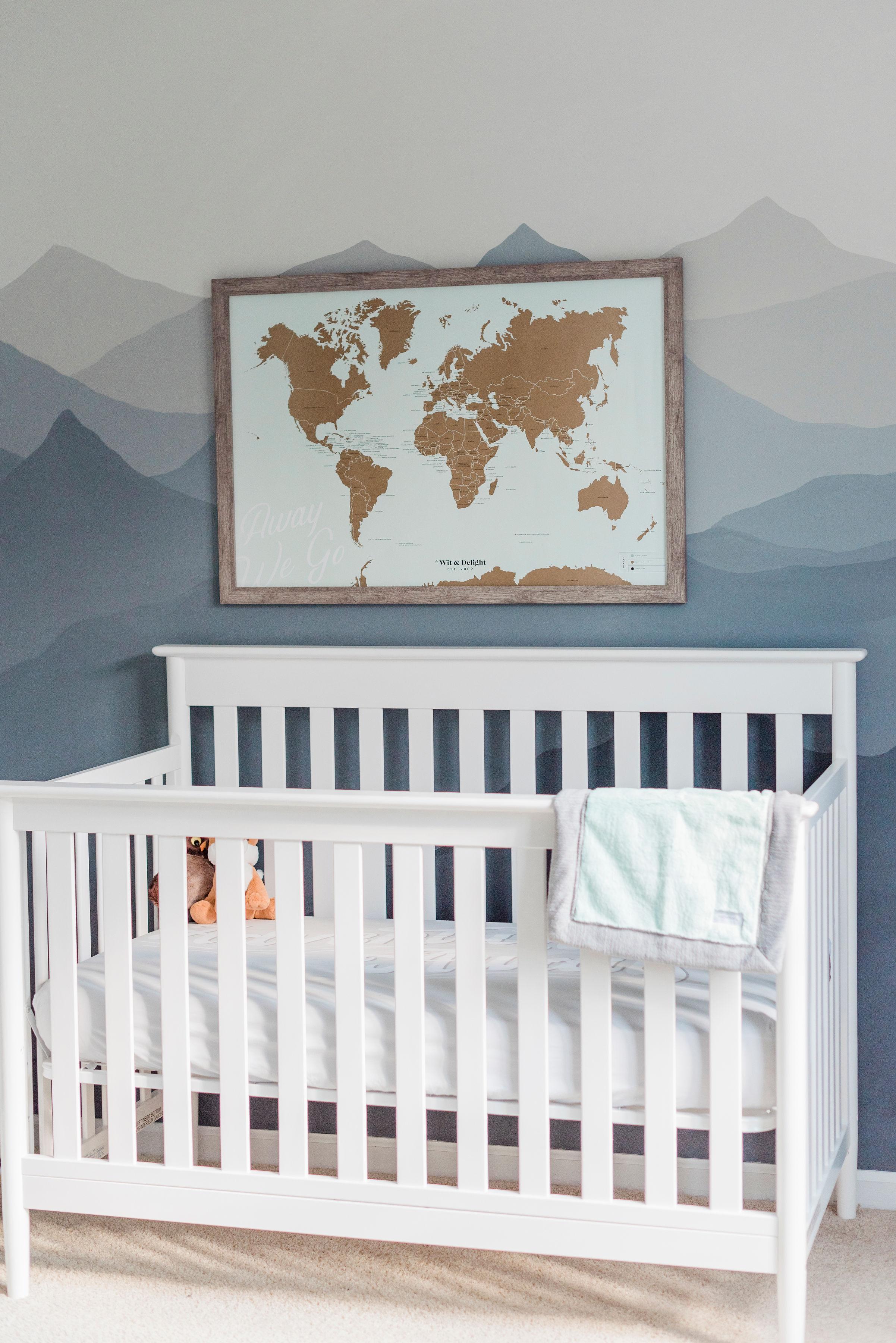 Crib:  Delta Children's Greyson