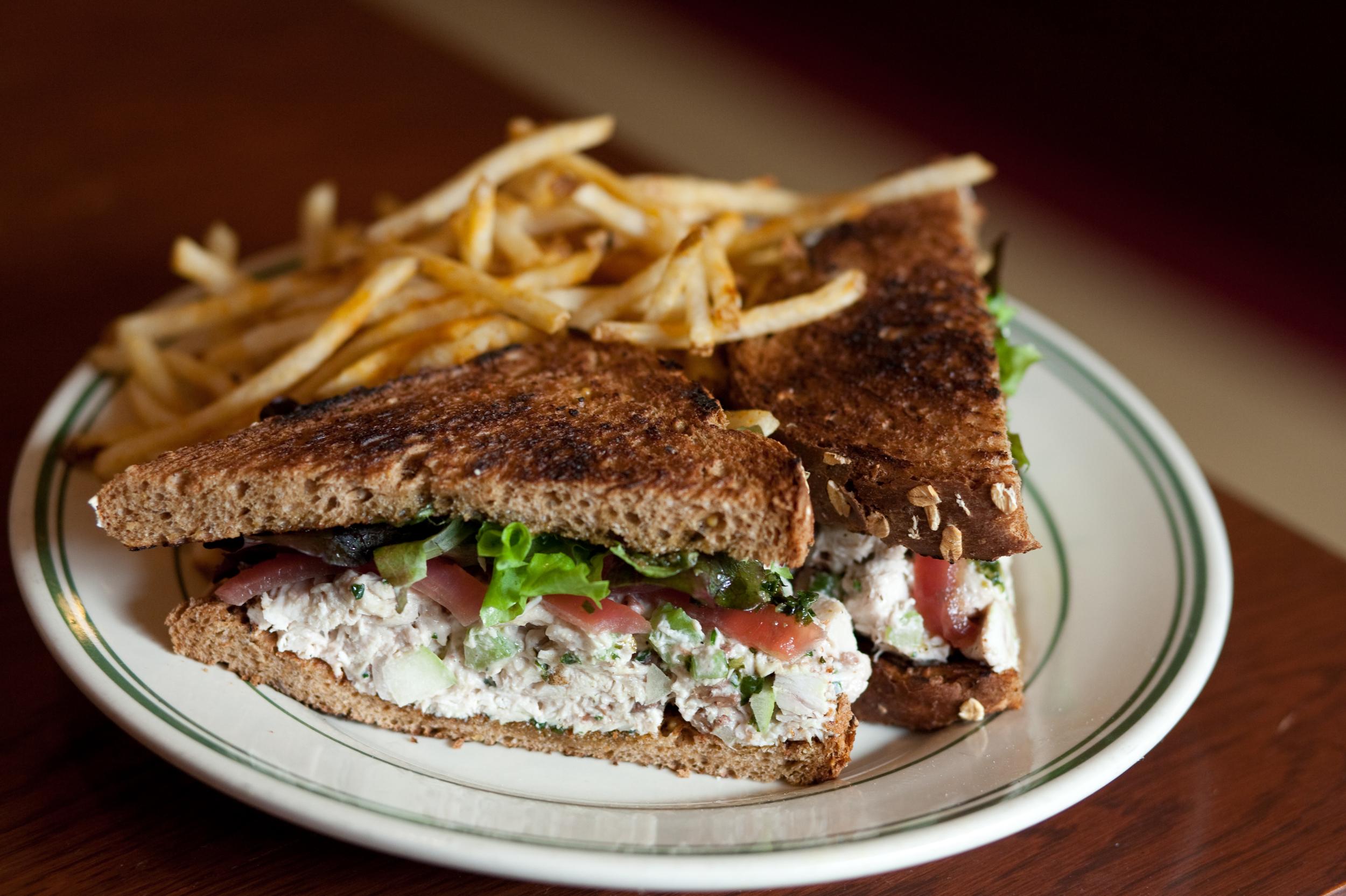 Chicken Salad Sandwich w Fries