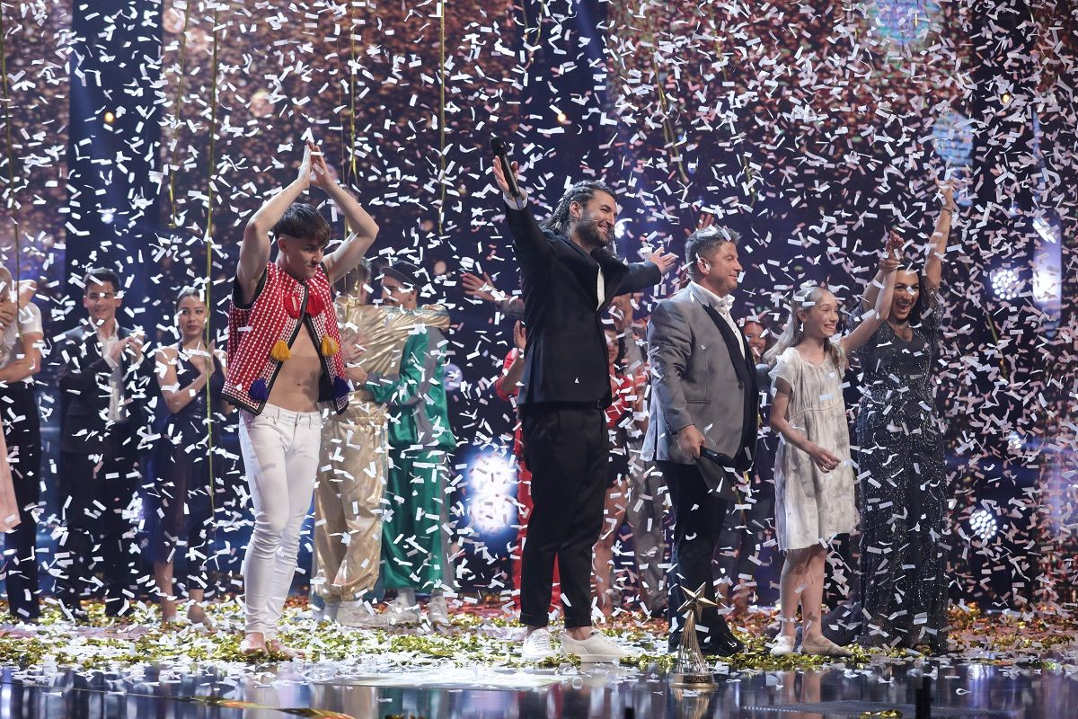 emil-rengle-este-castigatorul-marelui-premiu-romanii-au-talent-si-al-premiului-de-originalitate_12_size24.jpg