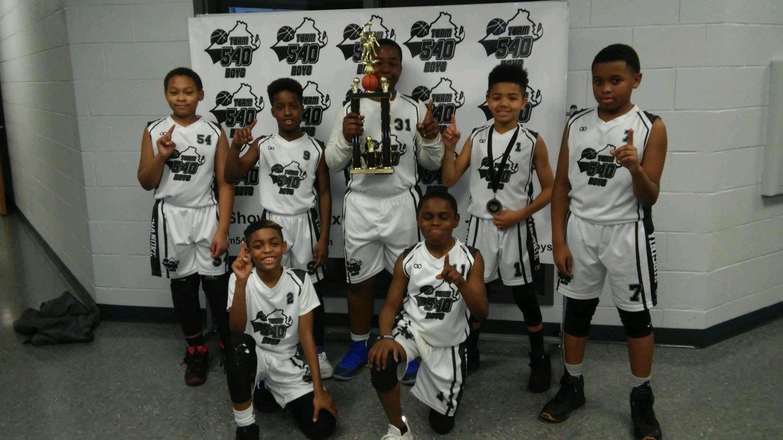 Youth 540 BOYS White Black basketball uniforms, jerseys, and shorts