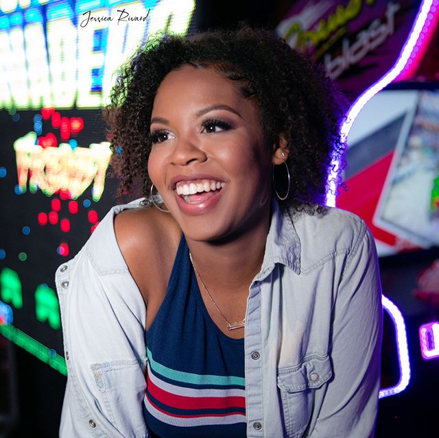 I am so excited about Kara's photos from the arcade shoot. I have so many favorites!! 😍😍🔥 Makeup: @makeupbymaybelle