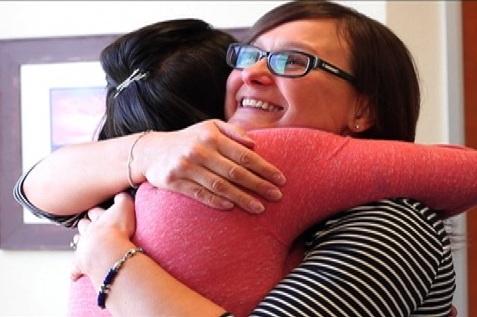 Alana+and+Alex+hug.jpg