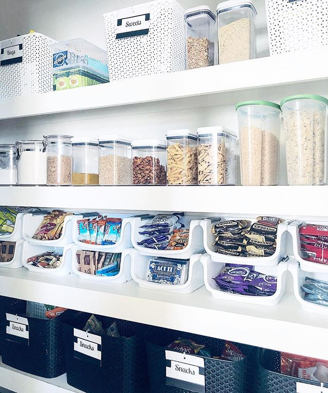 Have you ever looked at a friends pantry and thought why doesn't mine look like that? It's time to call in the experts #MumsPA Pic via @sortedsimplicity