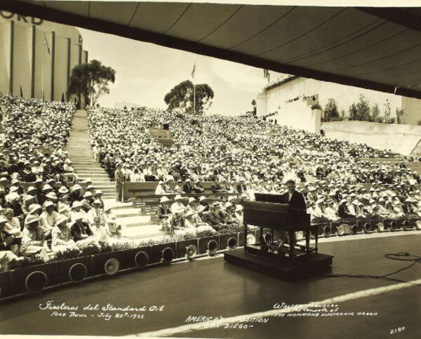 a-performance-in-the-ford-bowl-now-the-starlight-bowl-during-the-1935-california-pacific-international-exposition-in-balboa-park-no-known-copyright-restrictions-image-from-flickr.jpg