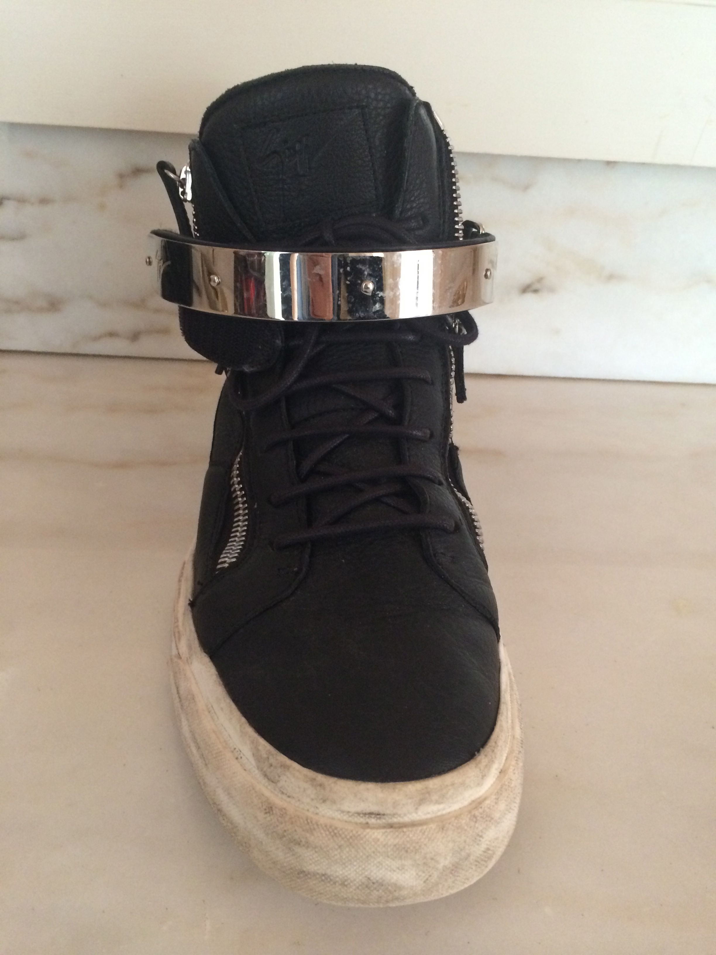 BLOG-BLACK SNEAKER W:METAL