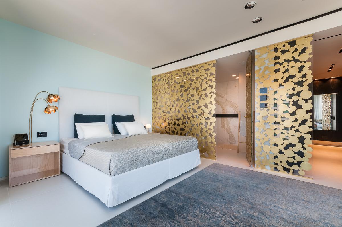 חדר שינה מפואר - עיצוב פנים