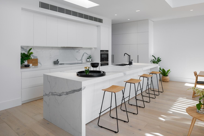 kitchen_islandbench.jpg