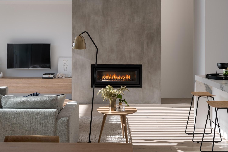 living_fireplace.jpg