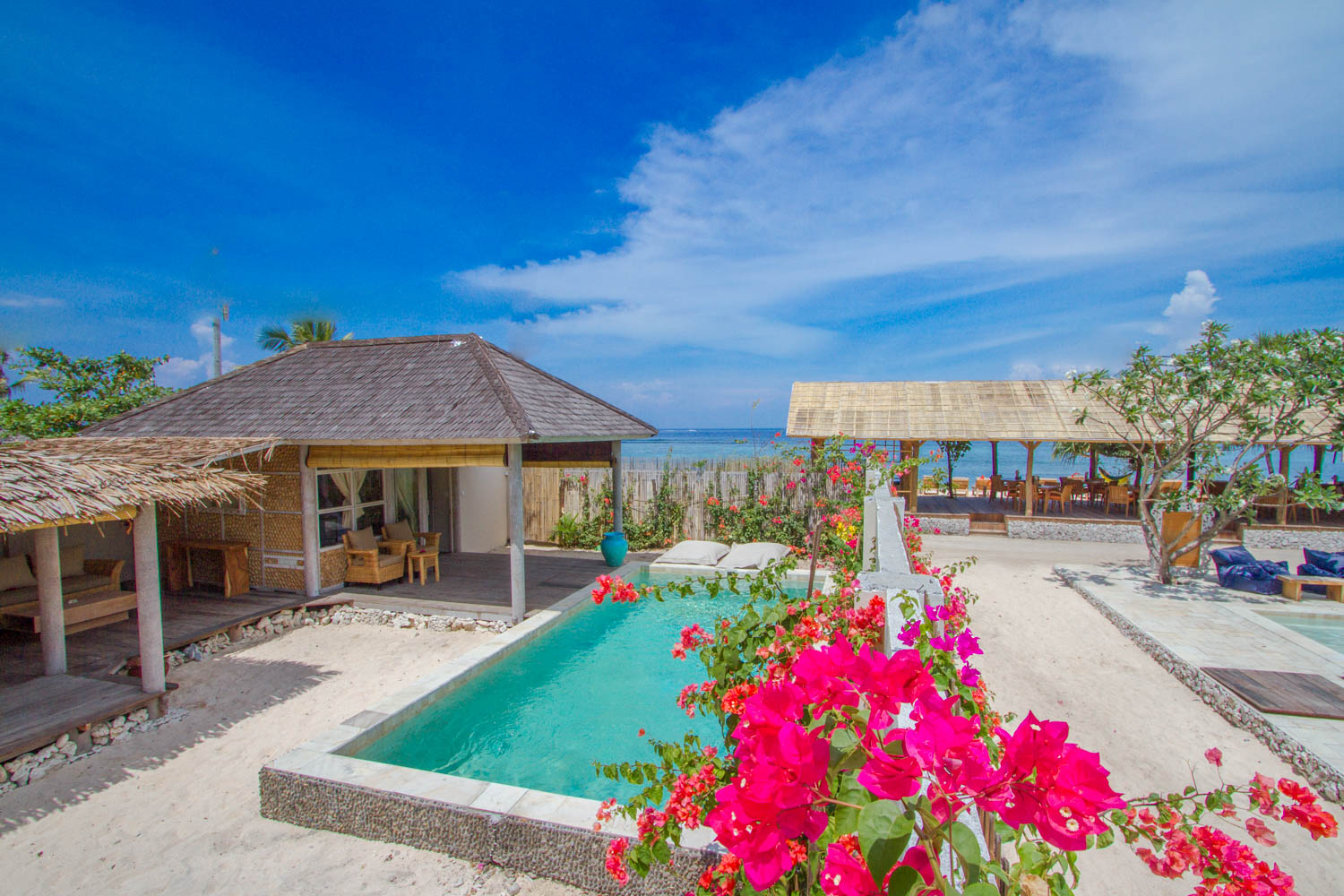 Huge bungalow - Avia Villa resort - Gili Meno