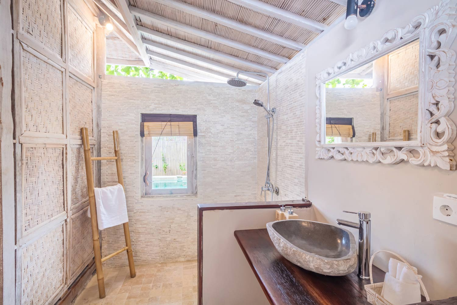 Bathroom - Gili Meno - Avia Villa Resort
