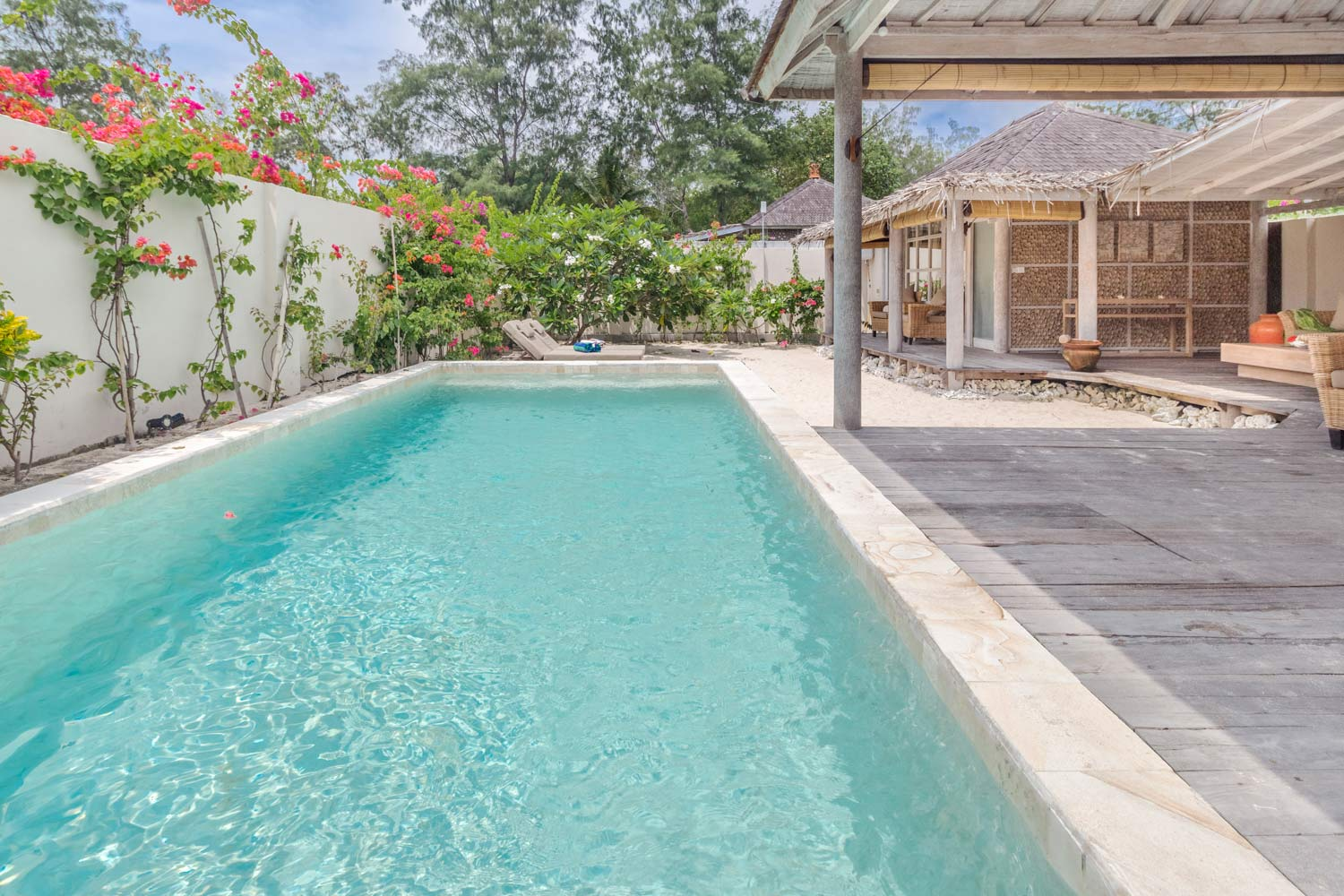 Giant 2 bedrooms private pool and garden Avia Villa Resort - Gili Meno