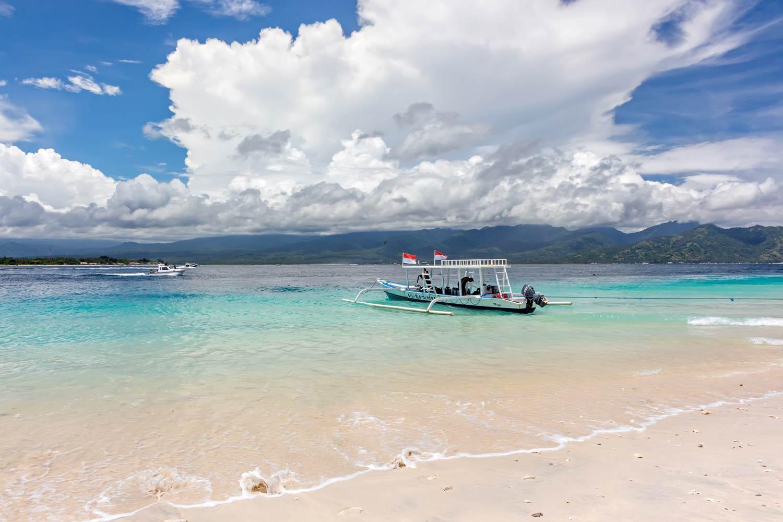 Beautiful-beach-Avia-Villa.jpg