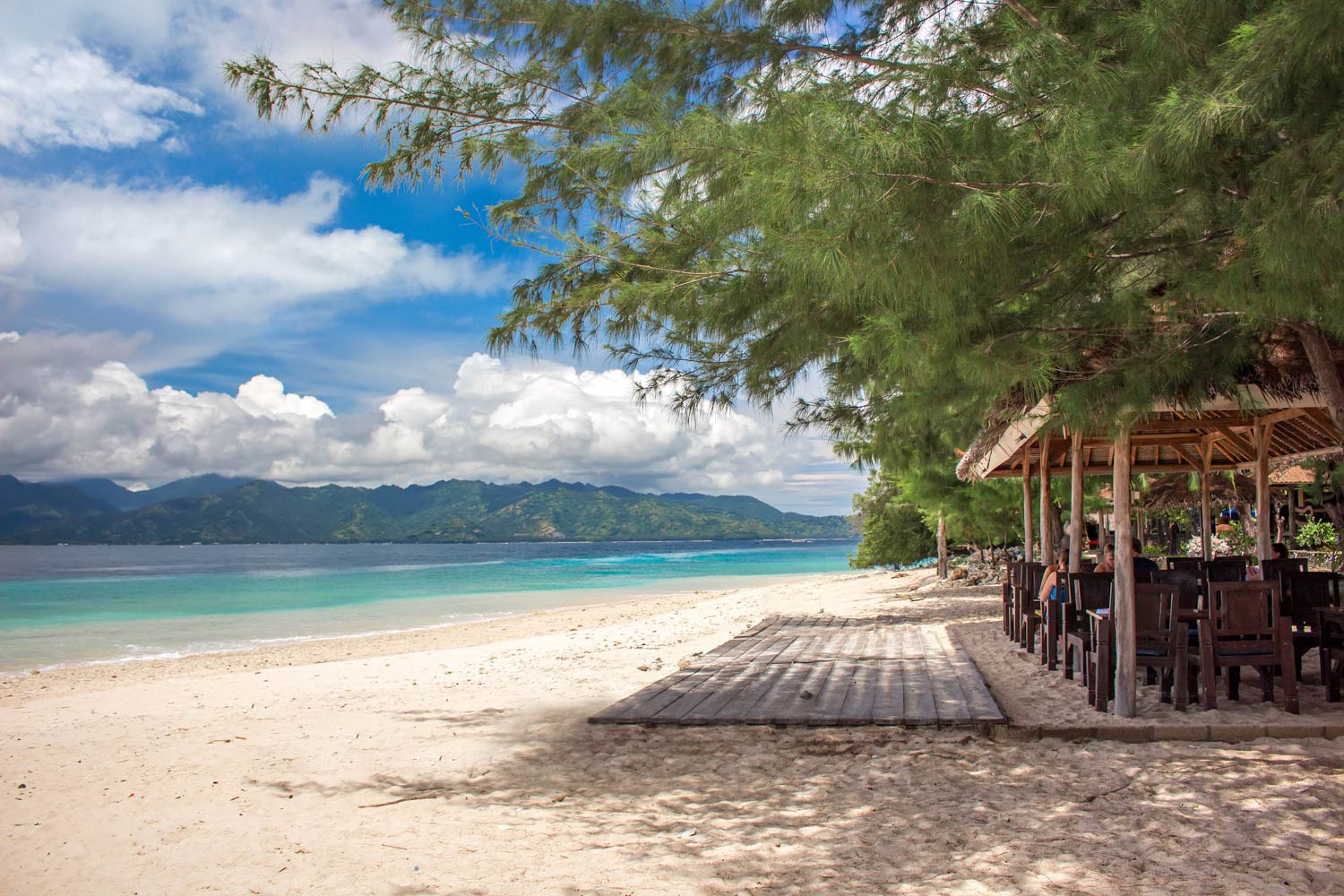 Beach-and-restaurant-Gili-Meno.jpg