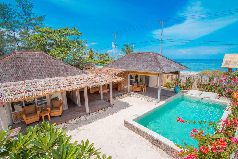 2 Bedrooms villa with pool and garden Avia Villa Resort Gili Meno