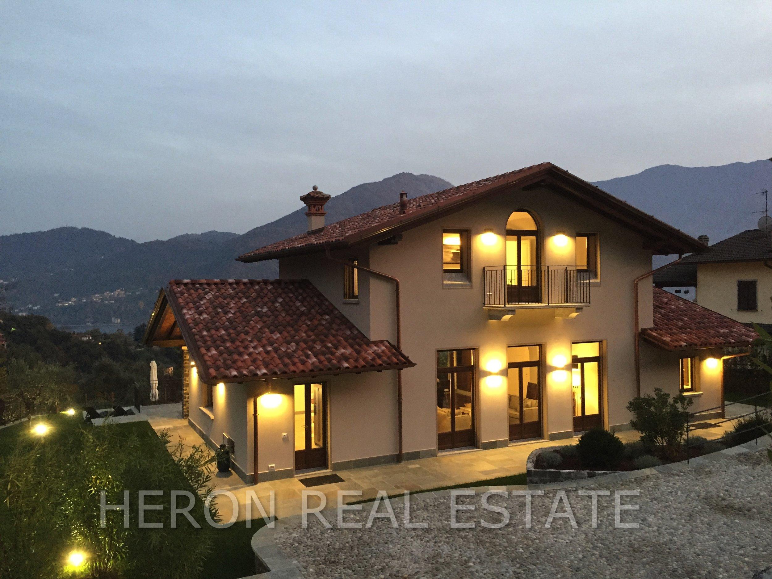 Tremezzo villa for sale