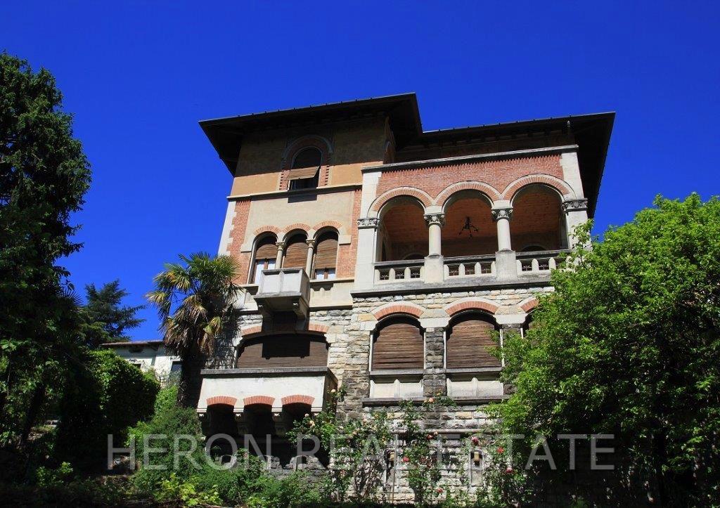 Como villa for sale.jpg