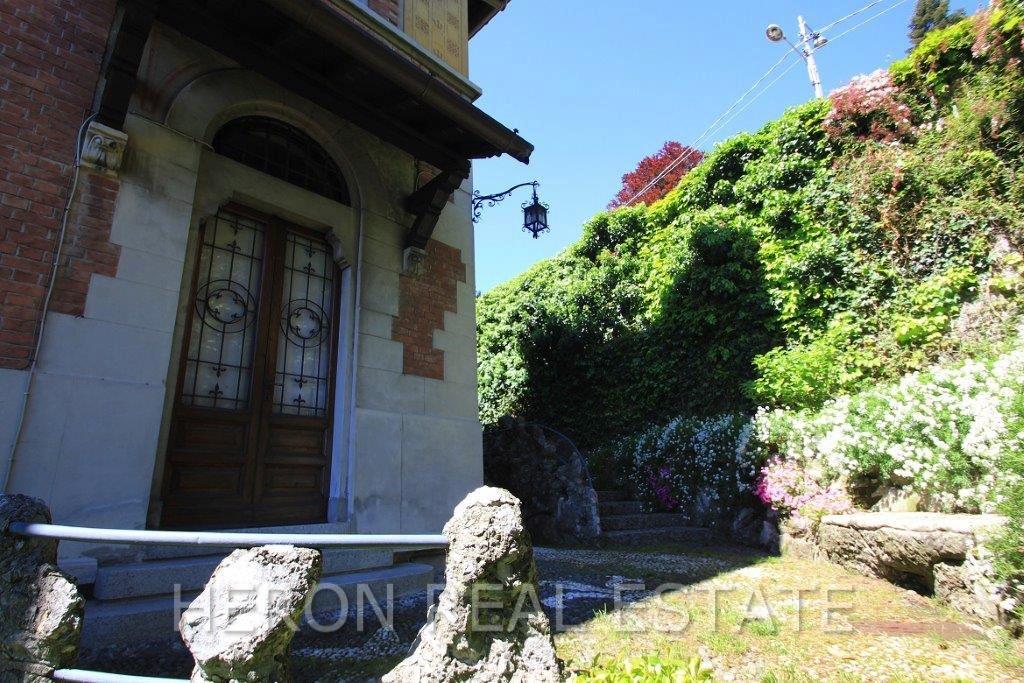 2 Como villa on sale .jpg