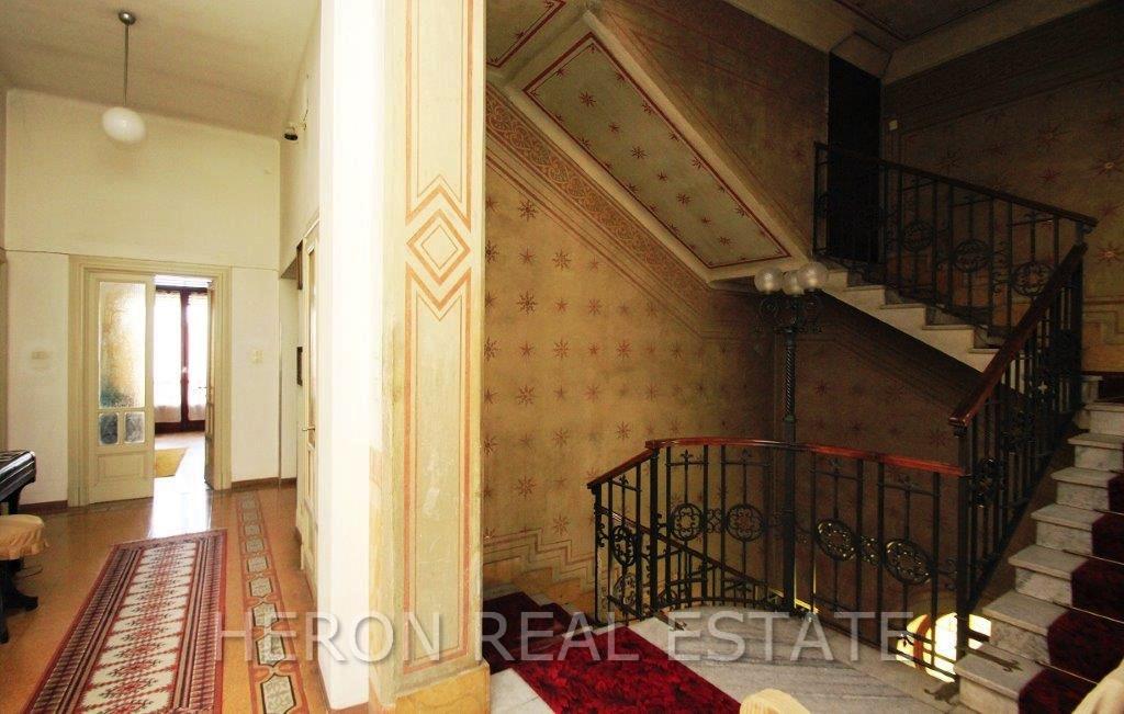 5 Lake Como villa for sale.jpg